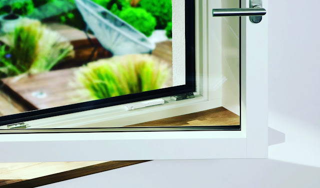 Eve Window Guard Window sensor with HomeKit detects attempts to break in