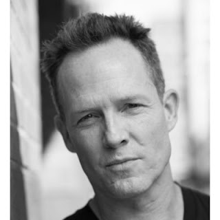 Dean Winters wife, married, hand, actor, movies and tv shows, oz, allstate, commercial, age, wiki, biography