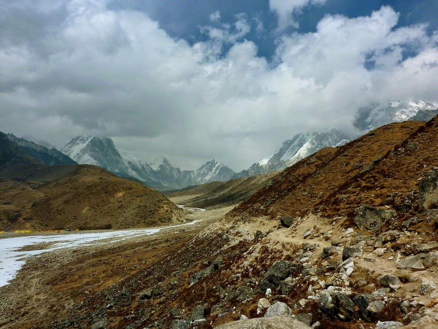 Getting close to Lobuche - My 25 Photos Of The Everest Base Camp Trek