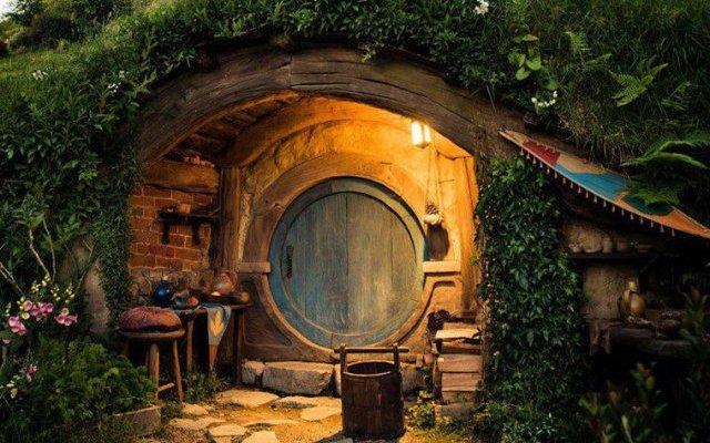 Θα κάνατε διακοπές στο σπίτι ενός hobbit;