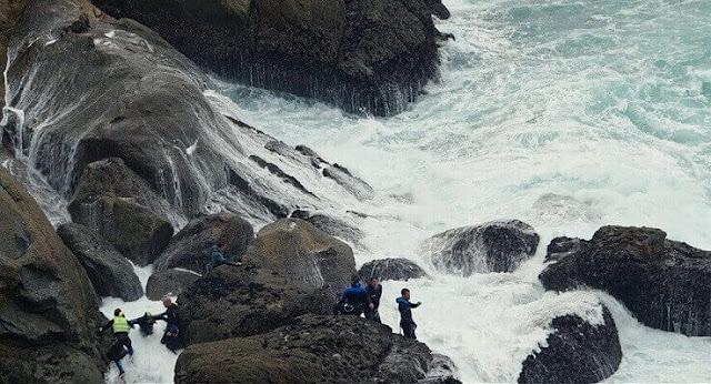 [Atlàntida Film Fest] Crítica: 'Entre la roca y la ola' (2017), de Manuel Lógar