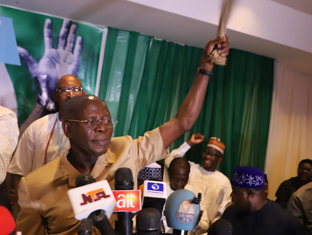 How Saraki, 16 Other Senators That Decamped From APC in 2018 Were Punished - Oshiomhole