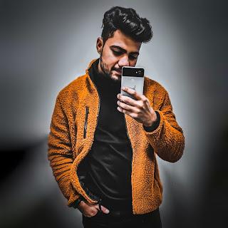 Saurabh Jarial of Howbloggerz