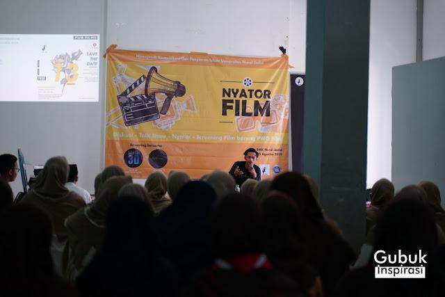 Ipank dari PWO Film memberikan materi penulisan script