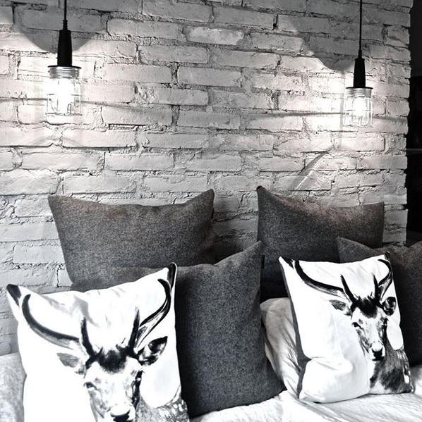 Wallpaper Kamar Tidur Motif Dinding Ekspos