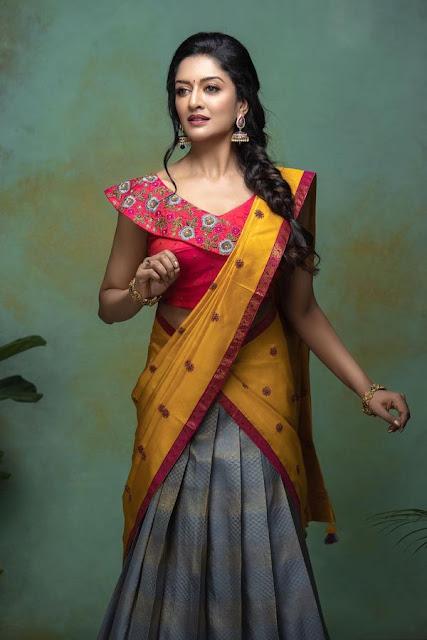 Vimala Raman Half Saree Photos New Actress Trend