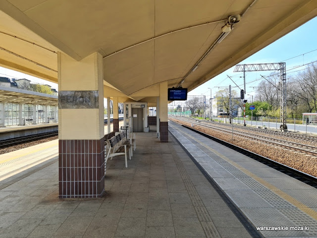 Warszawa Warsaw dworzec kolejowy stacja kolejowa architektura modernizm modernism kolej