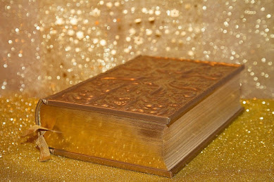 book photography, golden effect
