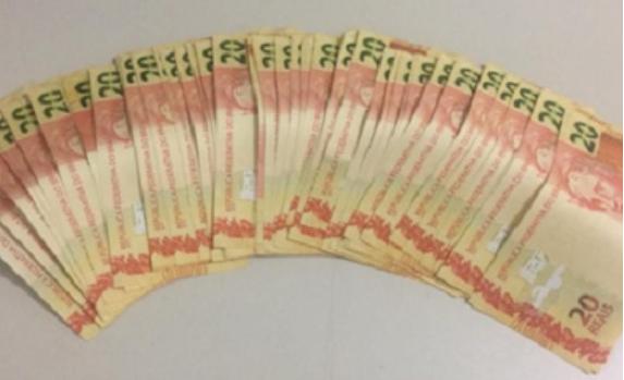 Em Santana do Ipanema, RP do 7º BPM prende indivíduo com mais de R$ 1.000 em notas falsas