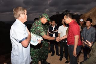 Gubernur Akan Bentuk Tim Penghentian Penambangan Liar