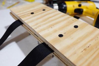 strap nylon assemble screw pilot hole