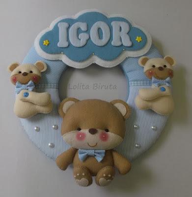 Guirlanda em tecido decorada com tema ursinhos para meninos