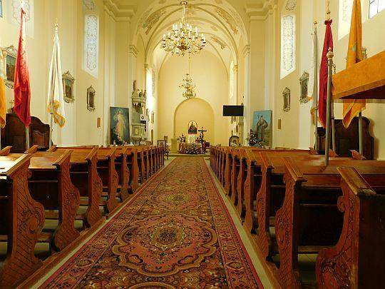 Wnętrze kościoła pw. św. Katarzyny Aleksandryjskiej.