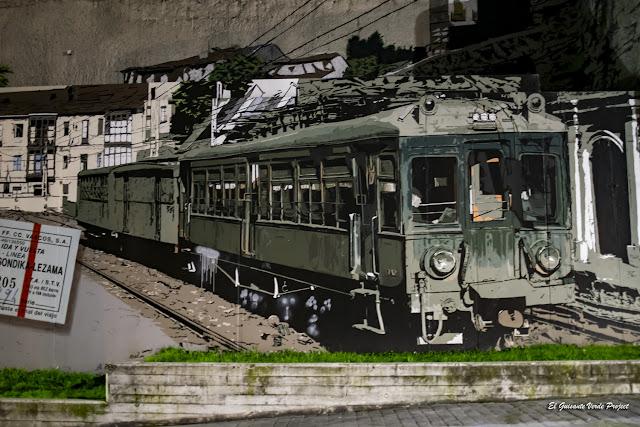 Mural Estación de Tren de Mallona, por Eva Mena - Bilbao, por El Guisante Verde Project