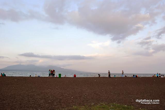 wisata pantai banyuwangi, pantai boom banyuwangi, lokasi wisata pantai boom, wisata alam banyuwangi, wisata pantai, wisata indonesia, wisata jawa timur,