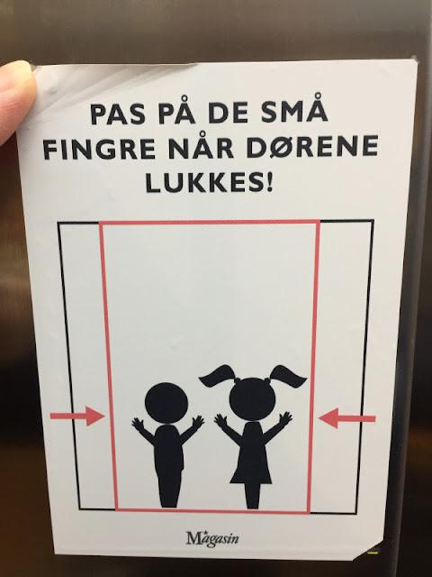 """""""Glücksorte in Kopenhagen"""" und Tipps für Dänemarks Hauptstadt für Familien mit Kindern. Kinderfreundlich und familienfreundlich ist die dänische Metropole, wie dieses Schild zeigt!"""