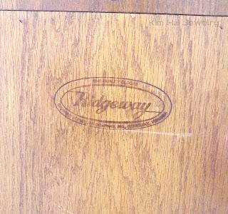 đồng hồ tủ Ridgeway made in USA