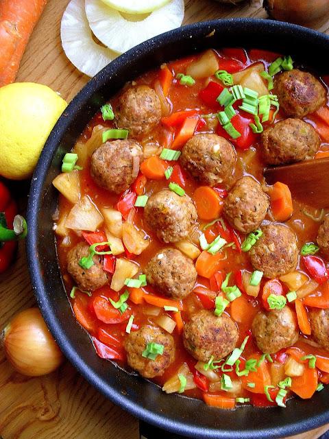 Klopsiki w sosie słodko-kwaśnym / Sweet and Sour Meatballs