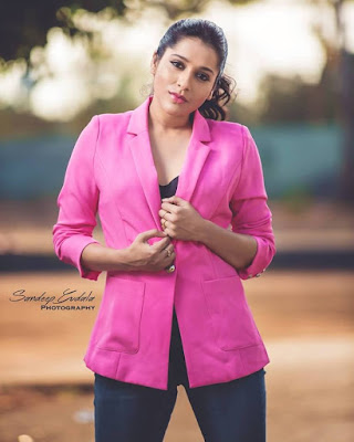 Anchor Rashmi Gautam Wet In Pink Dress And Jeans Photoshoot