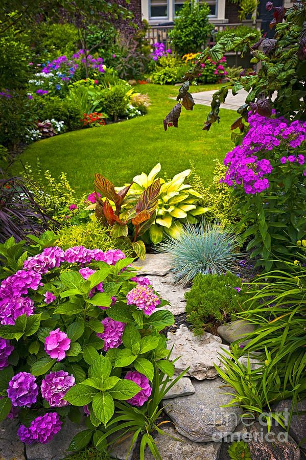 The Cottage Garden Style Is Free Form, But There Are Certain Consistent  Elements In Every Cottage Garden. Take A Long Look At Your Yard, And Then  Draw A ...