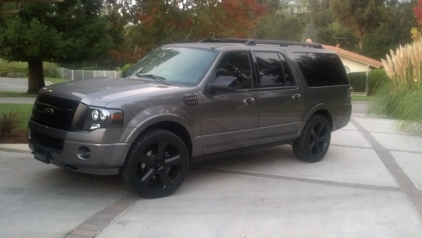 Matte Black Ford Expedition