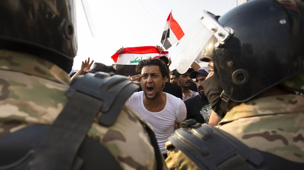 Iraqi speaker meets protesters