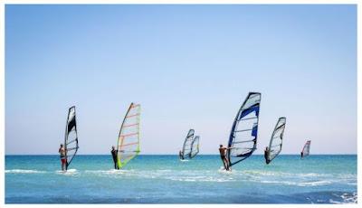 Dünyanın En İyi̇ Rüzgar Sörfü Adresi̇ Alaçatı Plajı