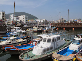 首爾以外:韓國南部的那不勒斯,海邊小鎮統營(1):東皮郎壁畫村