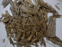 kayu gaharu kelas kulit