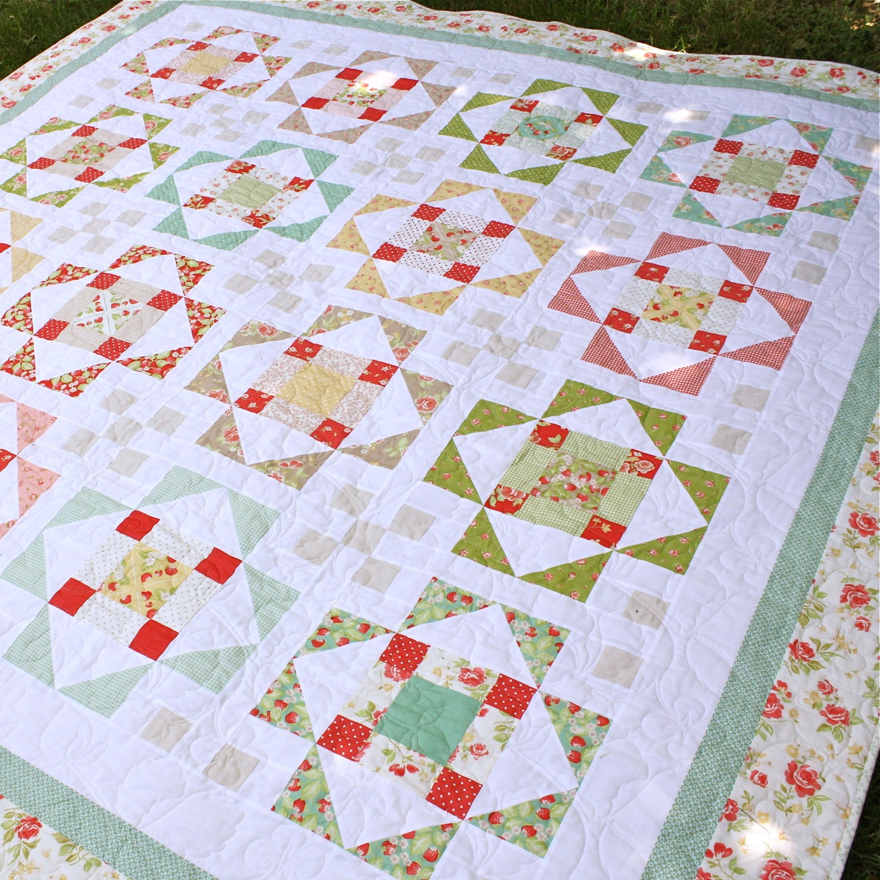 Cake Decorating Quilt Design : Bloom: Summer s Blush - a new layer cake PDF quilt pattern