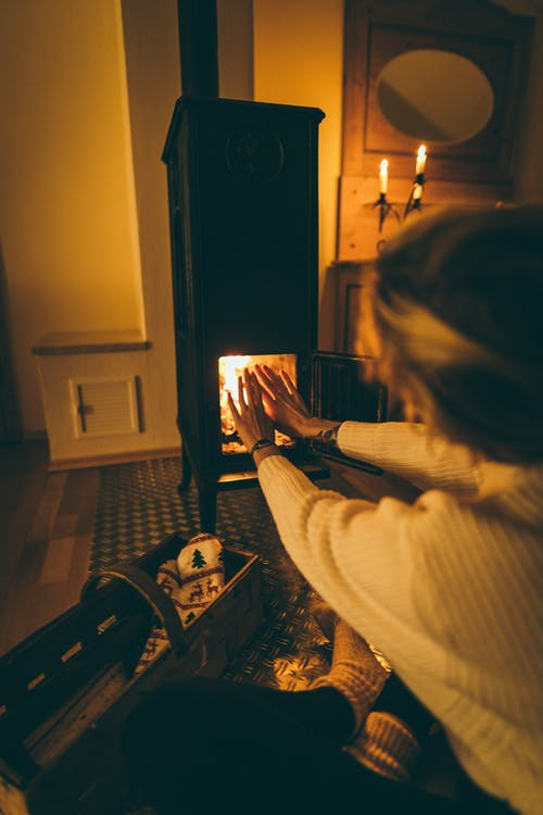 Use these 6 tips to stay warm in winter