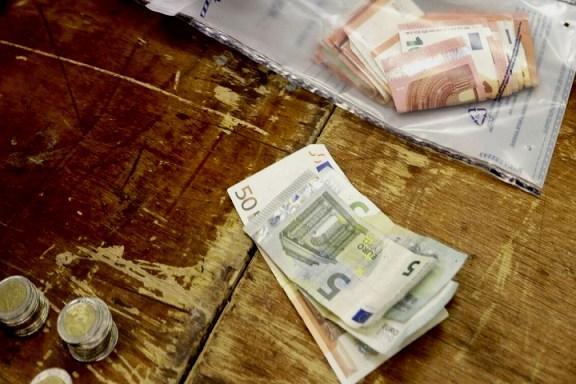 Κορωνοϊός-Εφορία: Ανατροπές σε πρόστιμα και φορολογικούς ελέγχους - Ποιοι «γλιτώνουν»