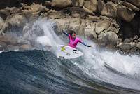 9 Courtney Conlogue 2016 Maui Womens Pro foto WSL Poullenot Aquashot