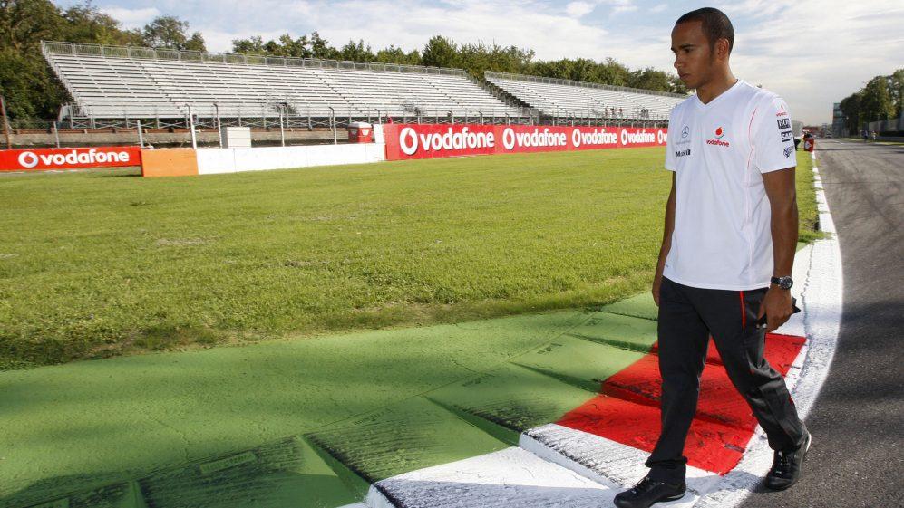 Hamilton diz que desistiu de fazer caminhadas em trilhas no início de sua carreira