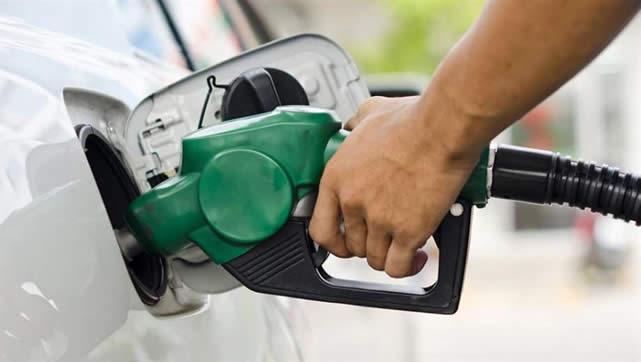 YPFB desmiente gasolinazo y descarta desabastecimiento de diésel