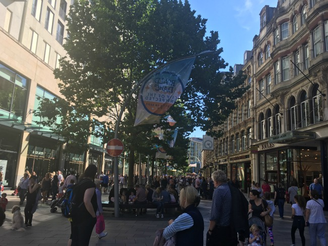 City-Of-The-Unexpected-Cardiff-Celebrates-Roald-Dahl-crowds-in-front-of-library