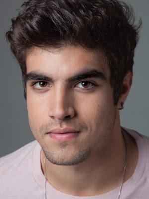 2b5ddfb8c de Caio Castro, ator e destaque na novela