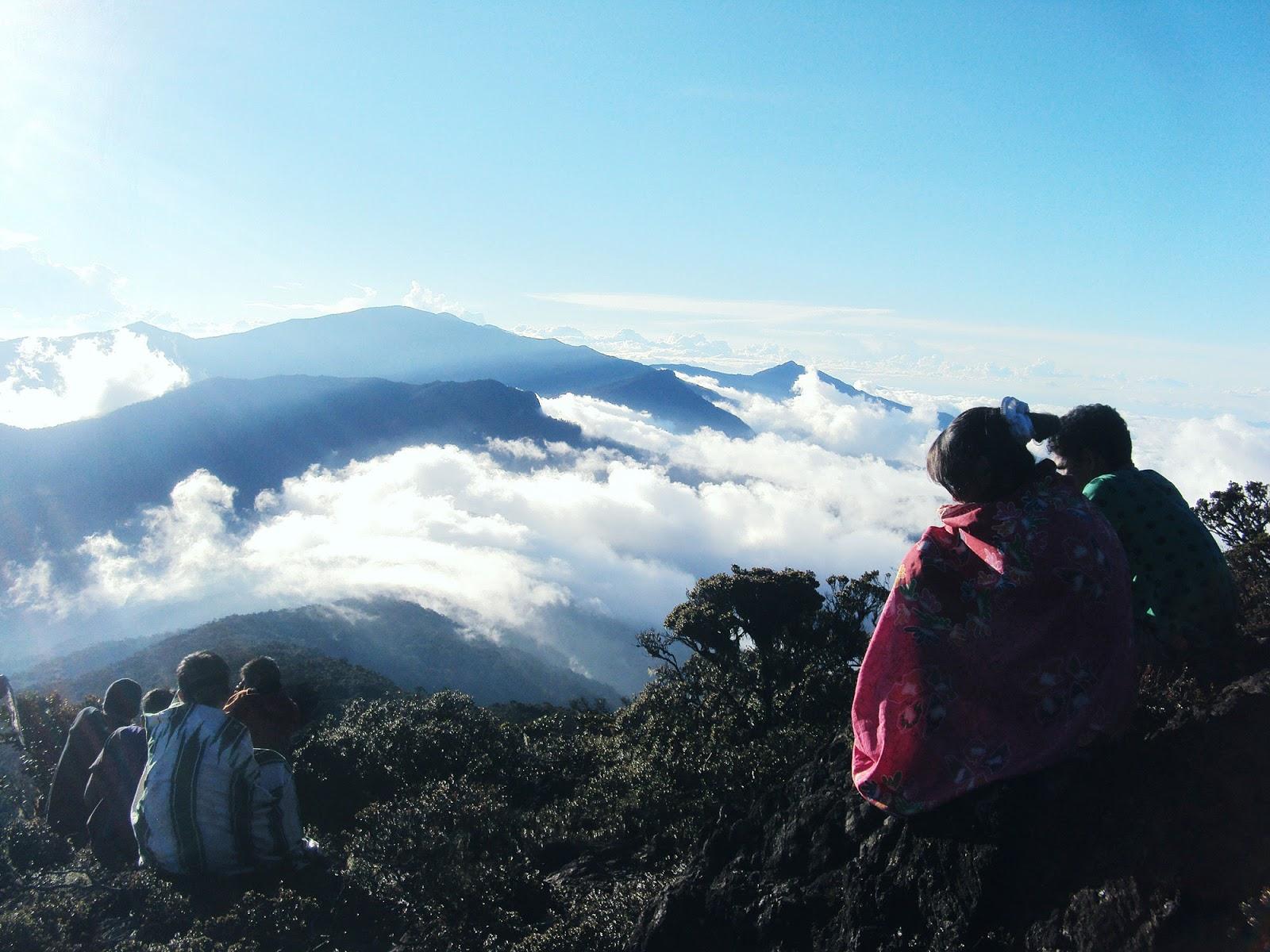 Daftar Nama Gunung Paling Angker Di Indonesia  Fahmy Ramdani