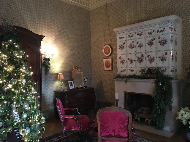 Tyrolean Chimney Room at the Biltmore Christmas