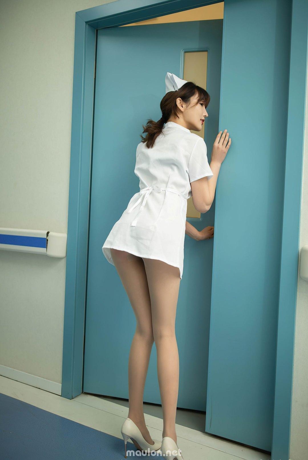 MauLon.Net - Hình ảnh nữ y tá sexy xiuren 06