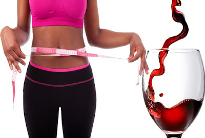 La bonne façon de boire du vin rouge pour perdre du poids en une semaine.