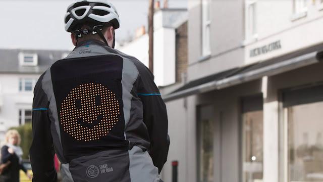 Jaket Emoji Ford membuat bersepeda menjadi lebih aman