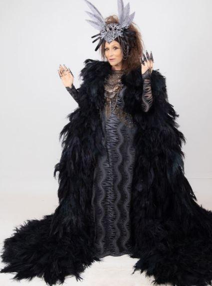 Vestido preto da rainha Jaluzi