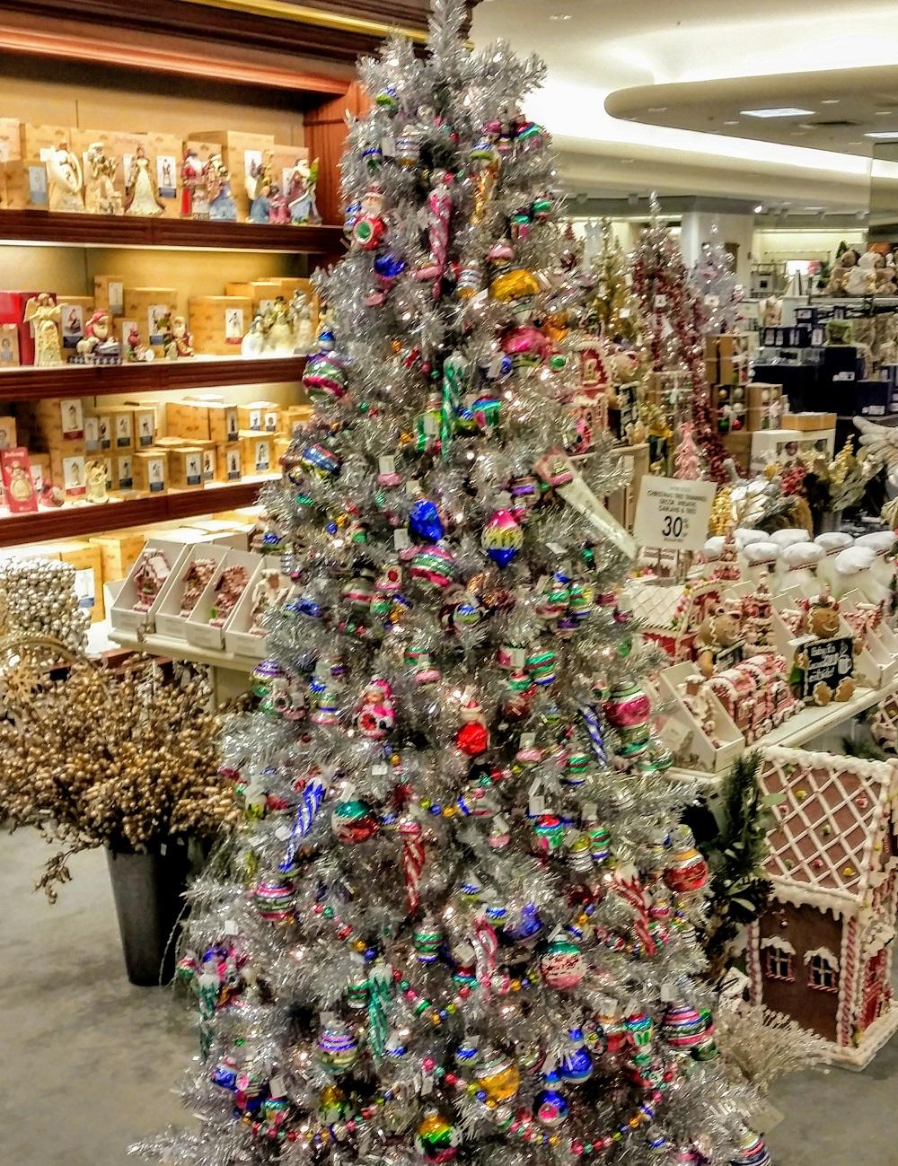 Old Neko Pretty 2019 Christmas Tree At Dillards