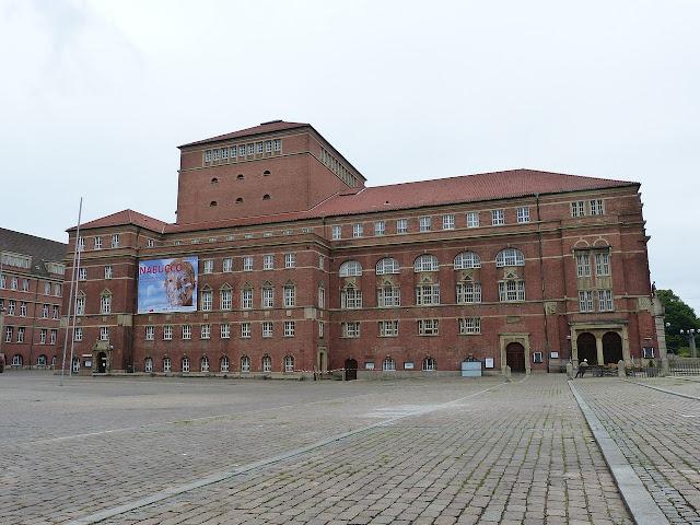 キール オペラハウス