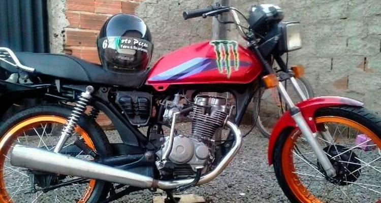 O menor infrator informou que a motocicleta pertencia ao seu genitor