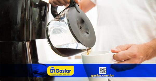 COMO LIMPAR A CAFETEIRA ELÉTRICA: CONFIRA AS INSTRUÇÕES