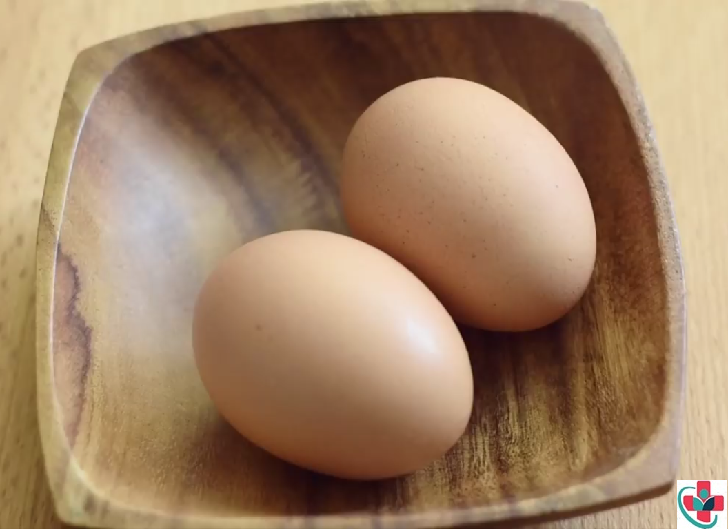 Is it safe to consume eggs? Here are some pros and cons of eggs!
