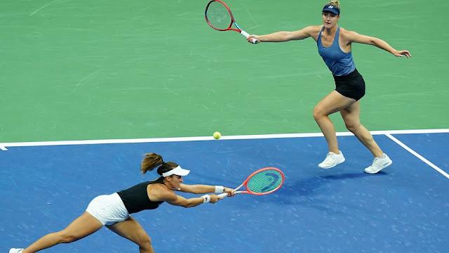 Luisa Stefani e Gabriela Dabrowski suaram, mas venceram mais uma no US Open