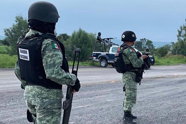 Guardias Nacionales son interceptados por Comando de Sicarios, los llevaron a casa de seguridad donde los tableaban y quemaban los pies